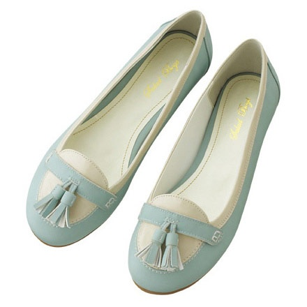 cute flat shoes