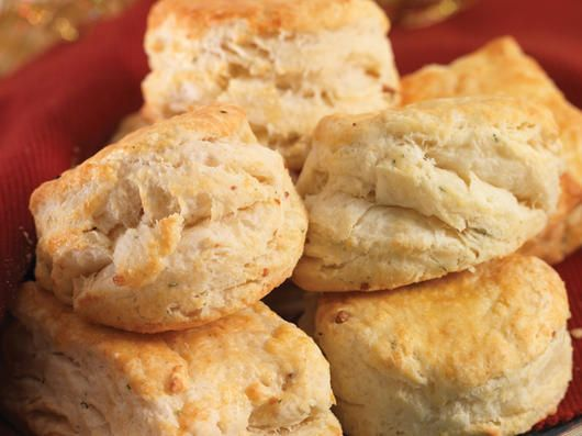 Roasted Garlic and Rosemary Buttermilk Biscuit Recipe | Foodland