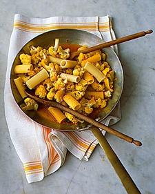 rigatoni with cauliflower saffron and raisins