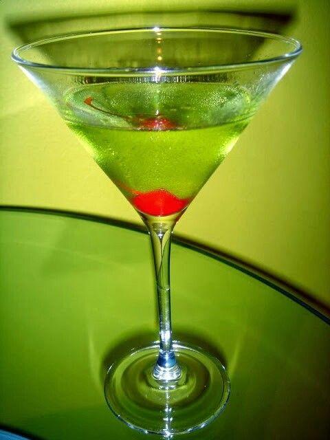 Green Apple Martini Recipe — Dishmaps