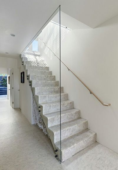 Glass enclosed staircase number 16 pinterest for Enclosed staircase design