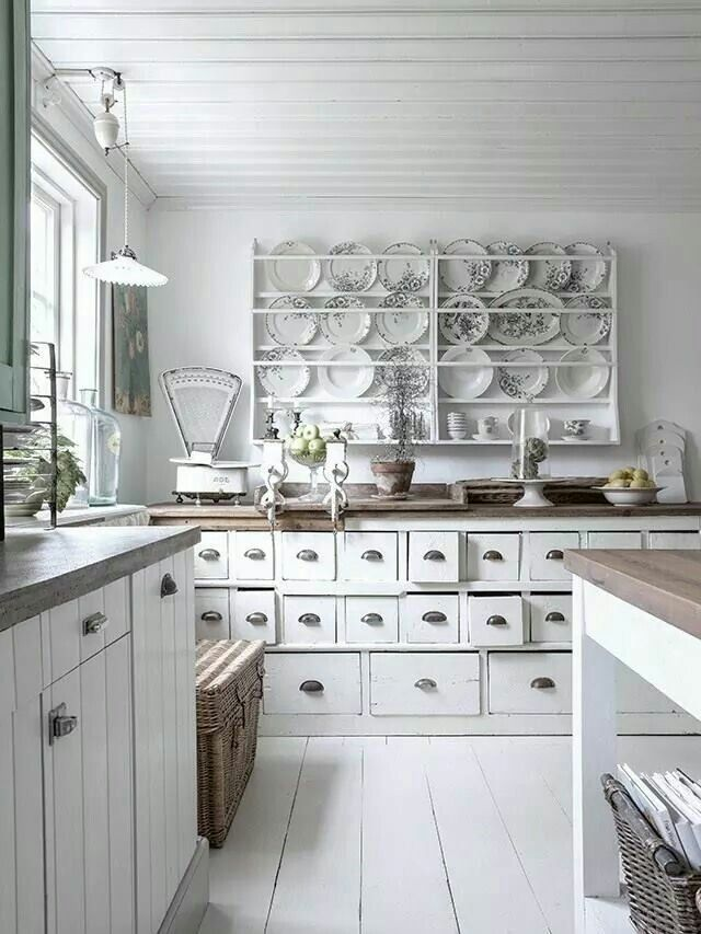 Brocante Keuken Pinterest : Pin by Rianne Bennink on Landelijk/brocante keukens Pinterest