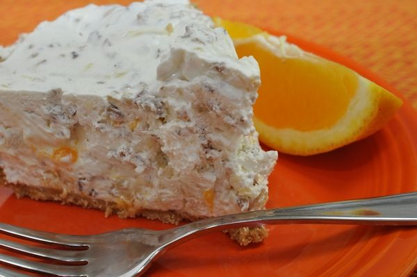 Millionaire Pie....the perfect summertime dessert! I've also used ...