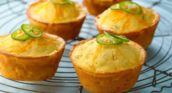 Jalapeño Cheddar Cheese Corn Muffins. These rock! Use sour cream ...