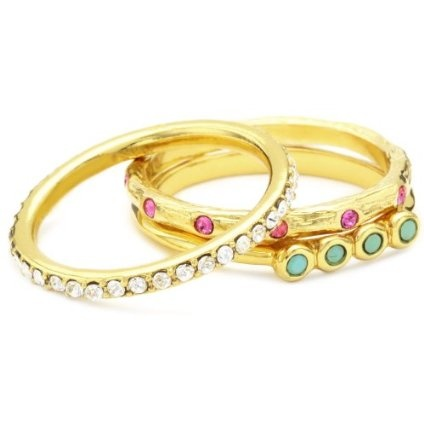 Love stackable rings.