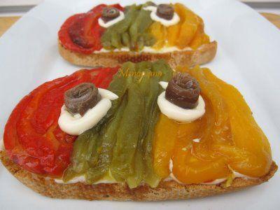 Tosta con pimientos de colores y alioli recetas por - Hacer mermelada de pimientos ...