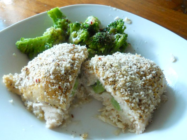 Broccoli and cheese stuffed chicken. | Lunch + Dinner. | Pinterest