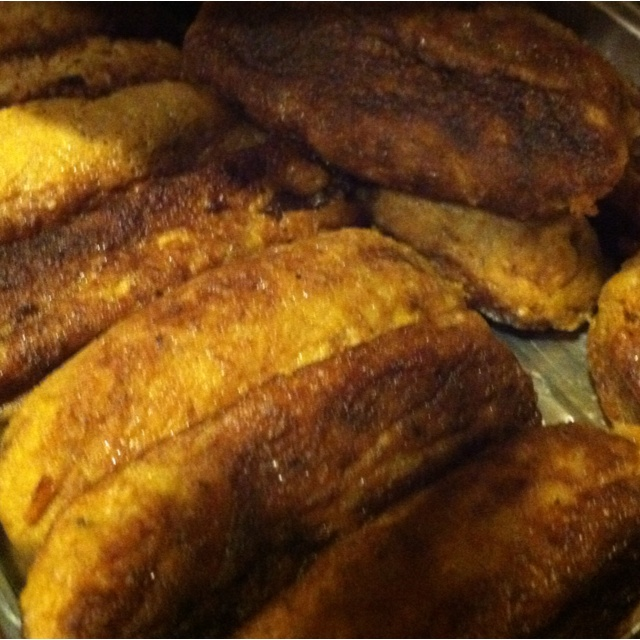 ~ Sweet plantain mixed with cinnamon and sugar filled with sweet ...