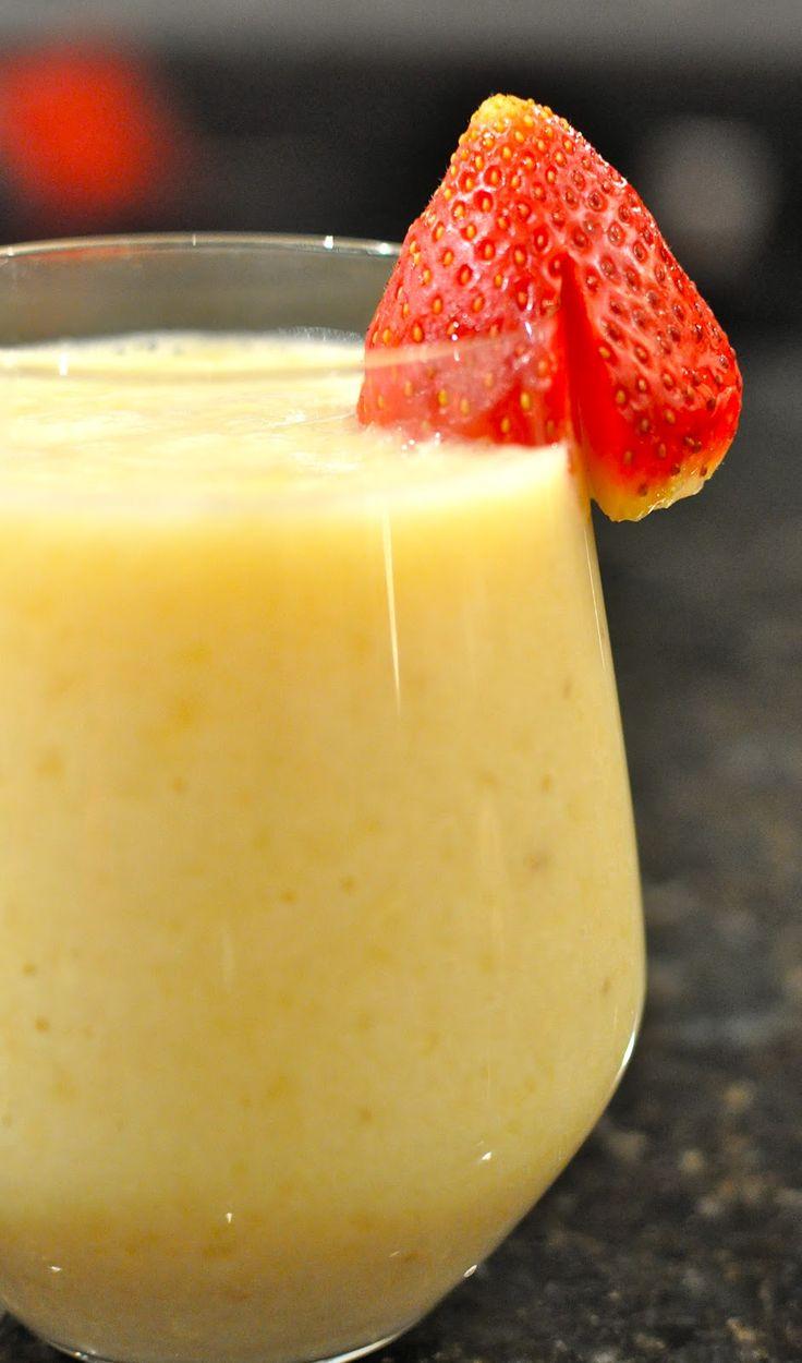 Pineapple Strawberry Smoothie | Kitchening Around | breakfast