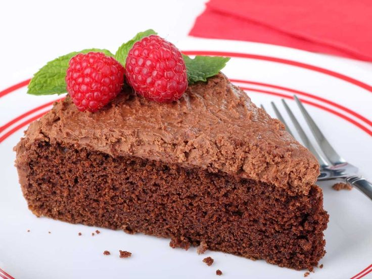 ... raspberry is such a great pairing! Recipe for Chocolate Raspberry Cake