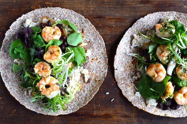 ... : http://www.simplyrecipes.com/recipes/baked_shrimp_with_tomatillos
