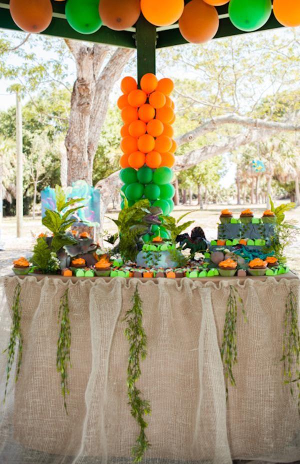 Jurassic park dinosaur boy birthday party planning ideas for Amusement park decoration ideas