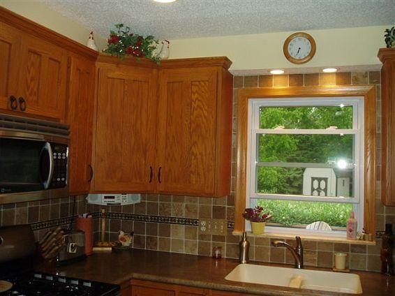 oak kitchen backsplash oak cabinets custom oak cabinets with