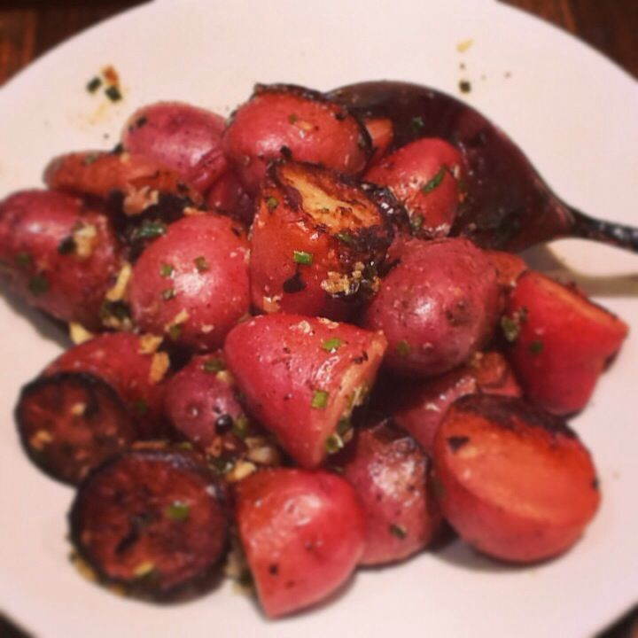 potatoes garlic red potatoes recipe dishmaps roasted red potatoes with ...