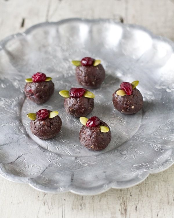Gingerbread Dough Truffles | healthy recipes | Pinterest