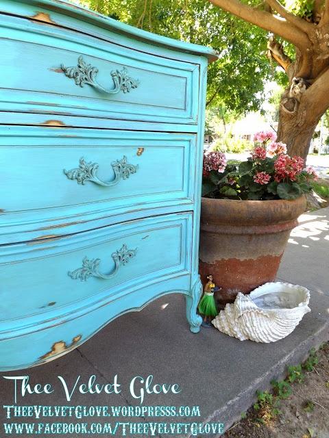 Mod Vintage Life: painted dresser