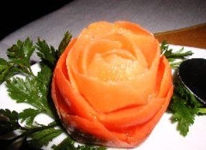 Роза из моркови видео