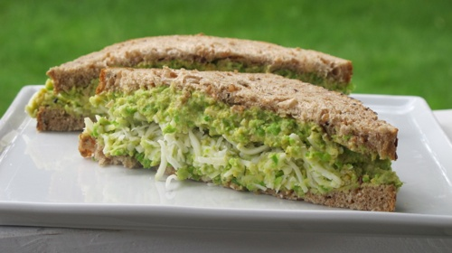 Chickpea & Green Pea Smash - vegan friendly sandwich filling!