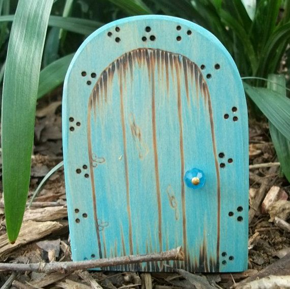 Cute little fairy doors on etsy gift ideas pinterest for The little fairy door