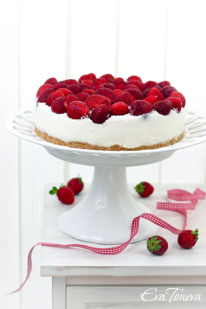 Strawberry Coconut Cheesecake | Good Puds | Pinterest
