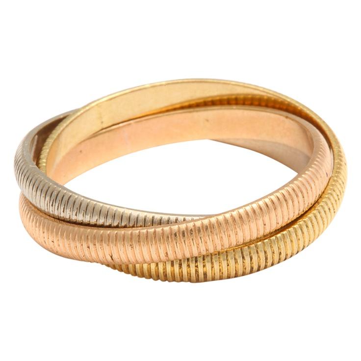 0f9c3b1641b0 Cartier se dedicaría durante años a crear las más extravagantes y  exquisitas. El anillo de compromiso era mucho más espectacular de lo que  imaginábamos.
