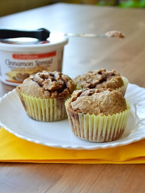 quick and easy cinnamon bun muffins