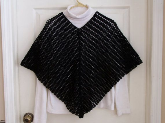Free Crochet Pattern Ladies Poncho : Crochet Poncho Pattern. Womens