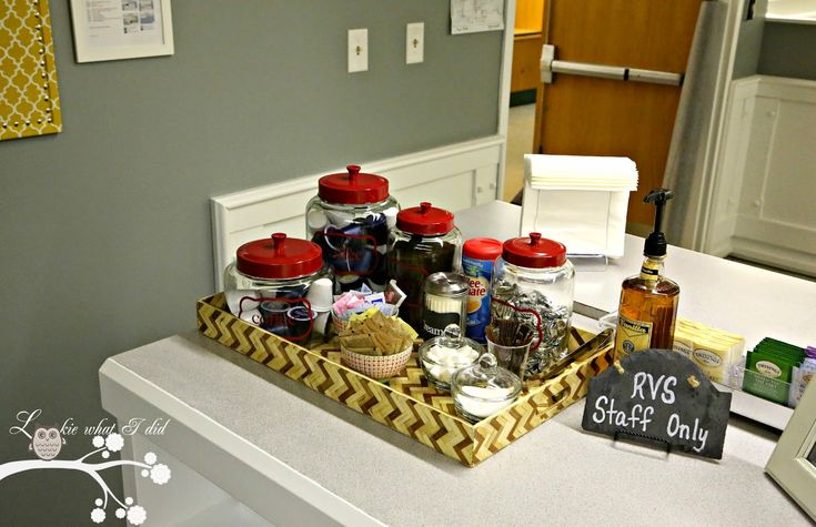 Teacher lounge makeover coffee station lookiewhatidid for Lounge makeover ideas