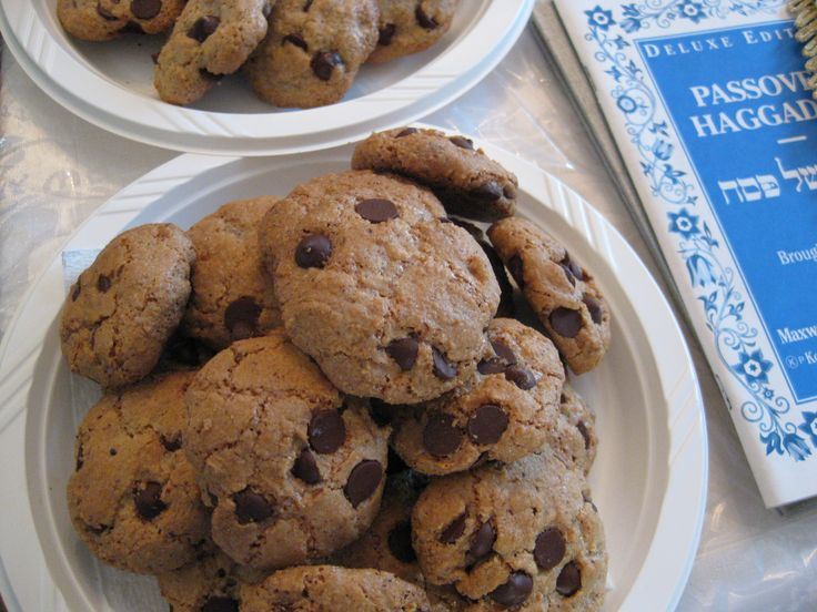 chocolate chip cookies for passover | Passover recipes and decor | Pi ...