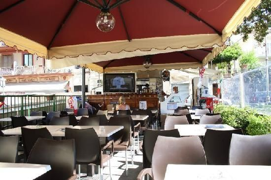 ... best places to watch the World Cup in Italy: http://pin.it/-CuflI4