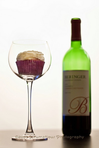 Red wine cupcakes - These are fantastic! Though you must carefully ...