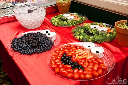Now isn't this the coolest, easiest way to display fruits and veggies for a kiddie party!?  How creative!