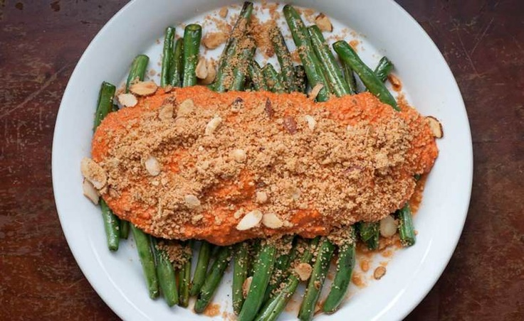 Pan Roasted Green Beans with Roasted Red Pepper Sauce | Recipe