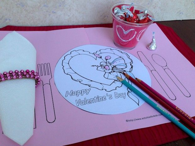 Day printable placemat for kids to help mom celebrate the holiday