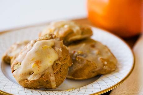 Spicy persimmon cookies recipe made with ripe Hachiya persimmons and ...