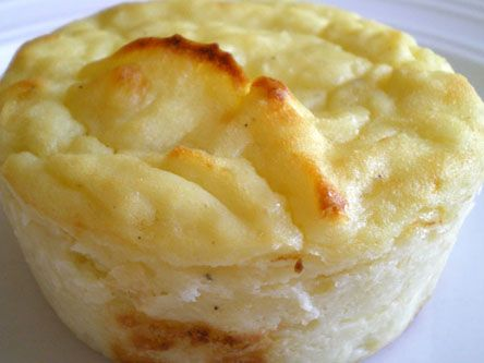 Cheesy Mashed Potato Puff | food | Pinterest