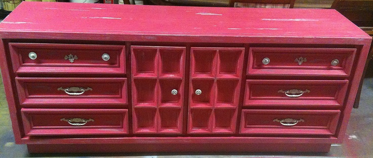 Distressed Hot Pink dresser! | Anaiahs room | Pinterest