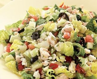 Chopped Greek Salad with Chicken | nom noms | Pinterest