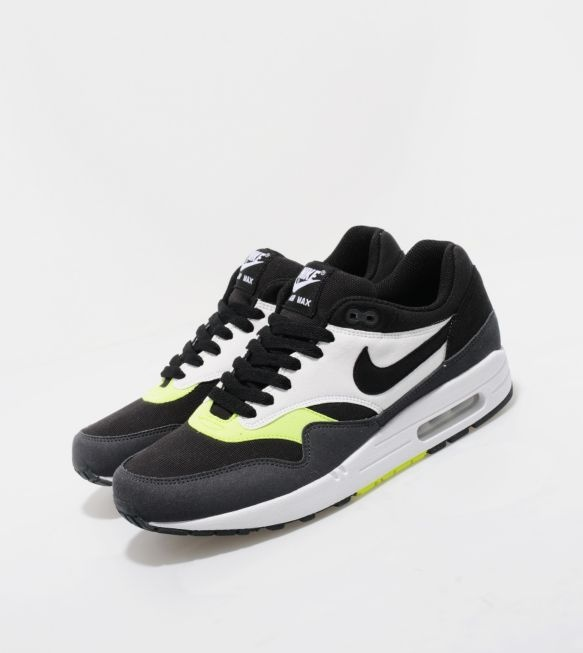 nikes+shoes+online