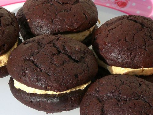 ... not have calories! Mini Chocolate Peanut Butter Whoopie Pies #recipes
