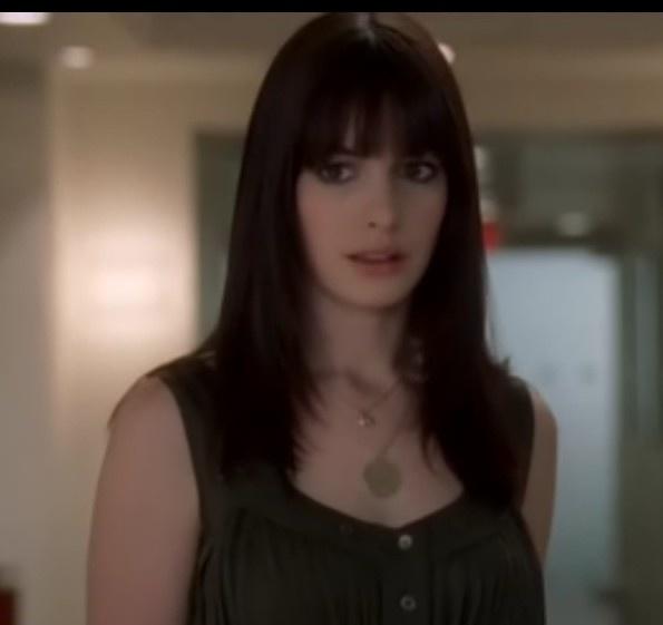 Anne Hathaway Hair In The Devil Wears Prada