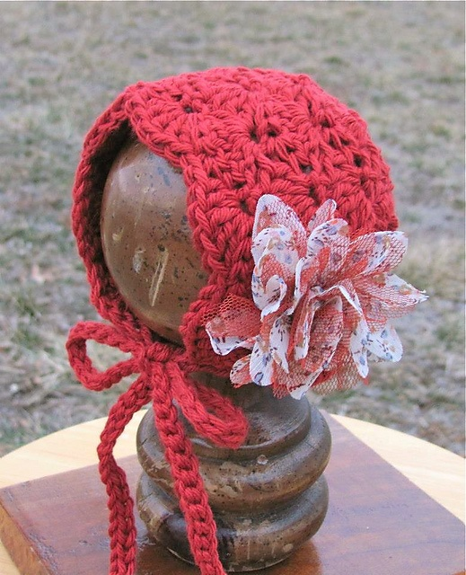 Lacy Shells Baby Bonnet pattern by Crochet by Jennifer