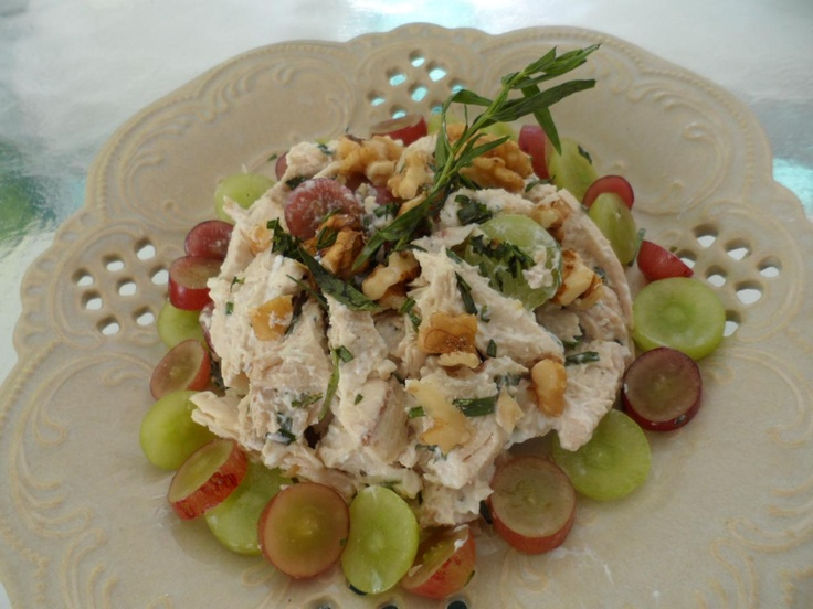 Tarragon chicken salad with grapes and walnuts