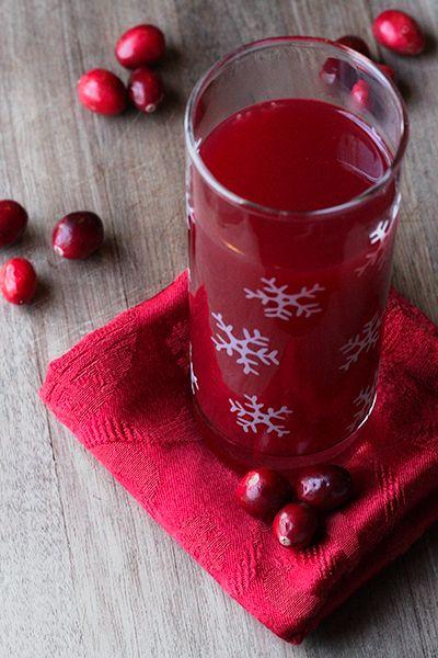 Pomegranate Cocktail 2 cups pomegranate juice 1 1/2 cups vodka 1 cup ...