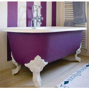 Pretty and bold claw tub
