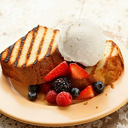 Grilled Pound Cake with Berries | Dessert | Pinterest