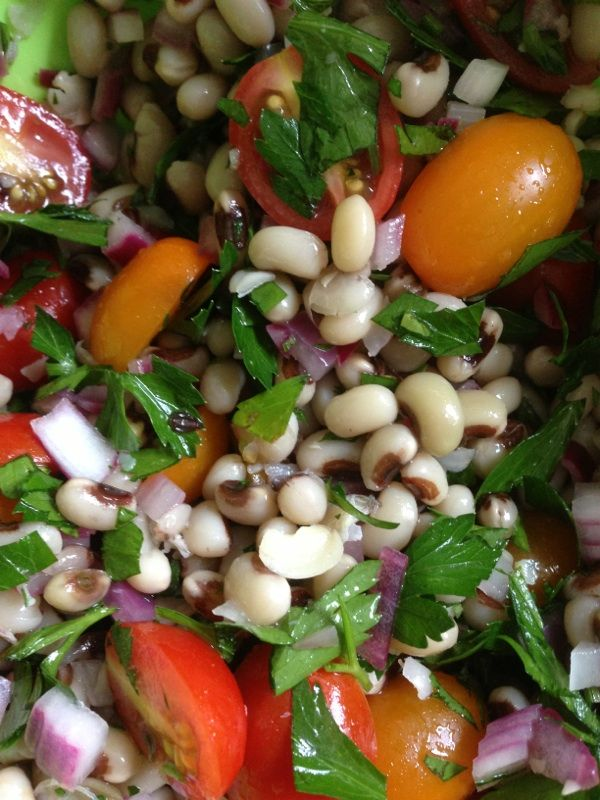 Summer Salad Season! Vegan Black-eyed Pea Salad!