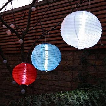 Solar chinese lanterns garden