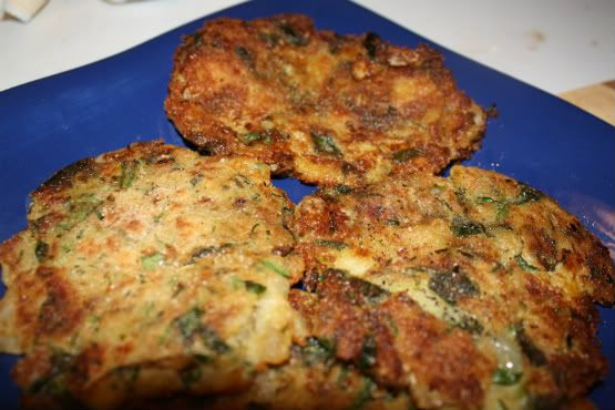 Spinach and Chive Mashed Potato Pancakes | Vegan - Foods to try | Pin ...