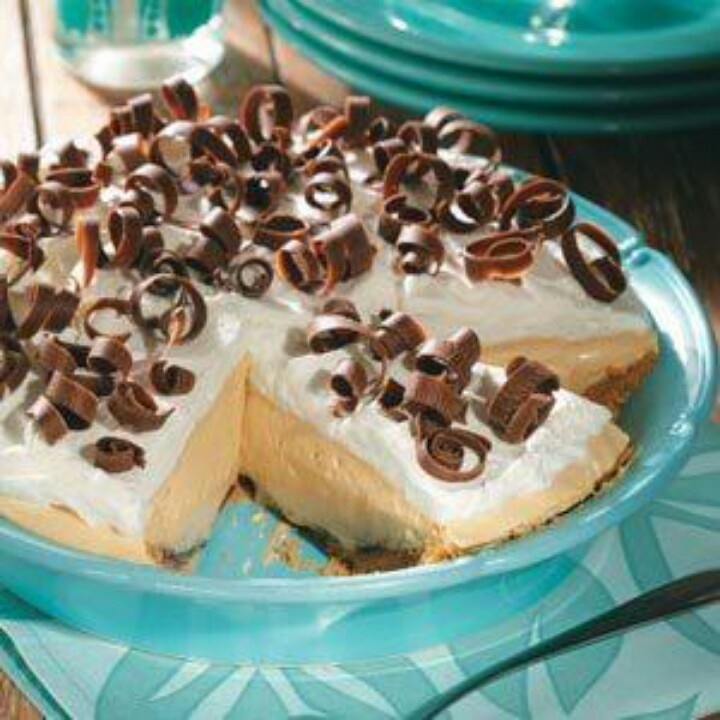 Dreamy Creamy Peanut Butter Pie | Recipe